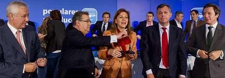 Algeciras llora a Paco de Lucía.Arenas, Zoido, De Cospedal, Sanz y Floriano, ayer en la junta directiva del PP andaluz celebrada en Sevilla.