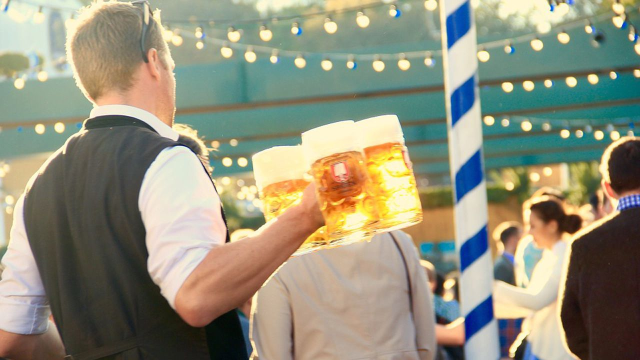 camarero, cerveza, Asturias, Oviedo, hostelería