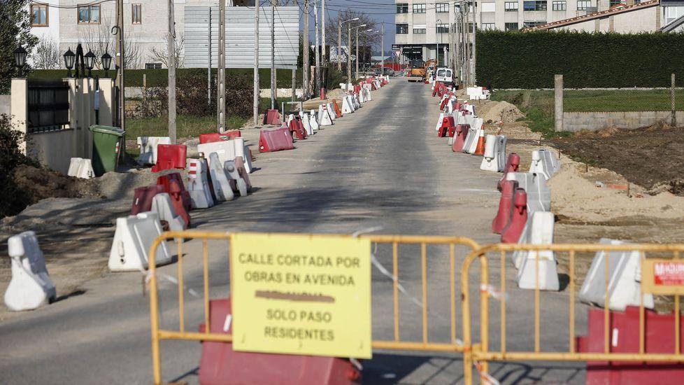 Accidente san Cibrao das Viñas.Las obras en la avenida de Celanova están a punto de rematar