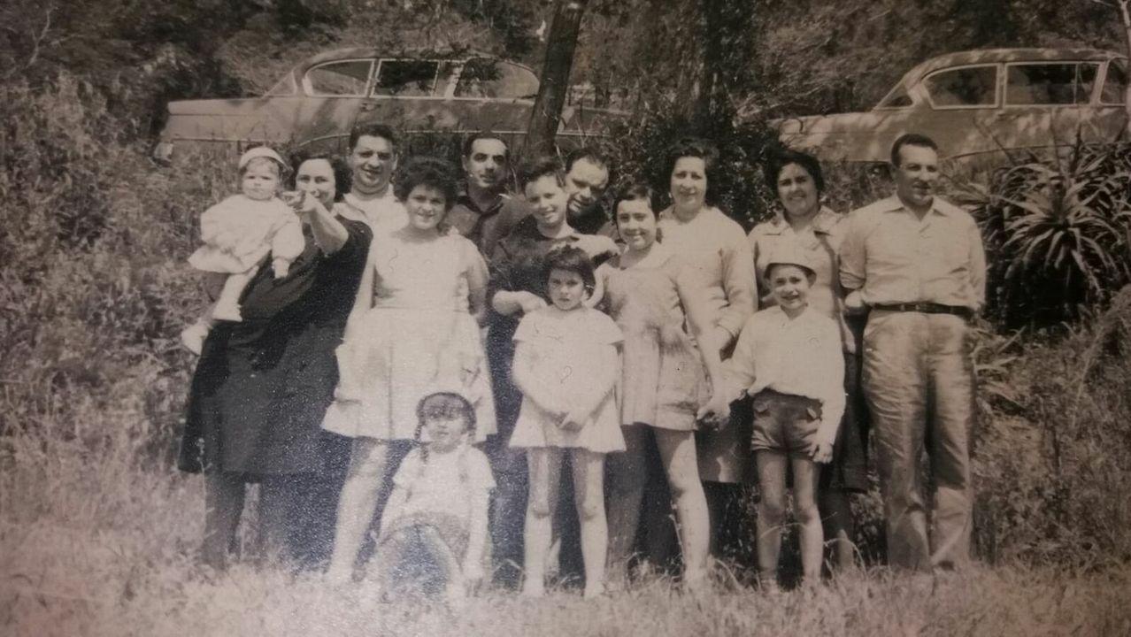 La familia Cid en Ourense, en una imagen de los años sesenta