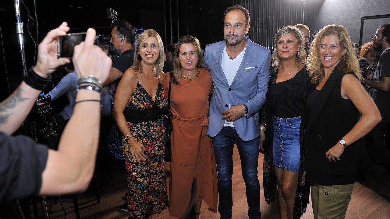 El presentador de «Land Rober», Roberto Vilar, en el estreno de «A Estiba»