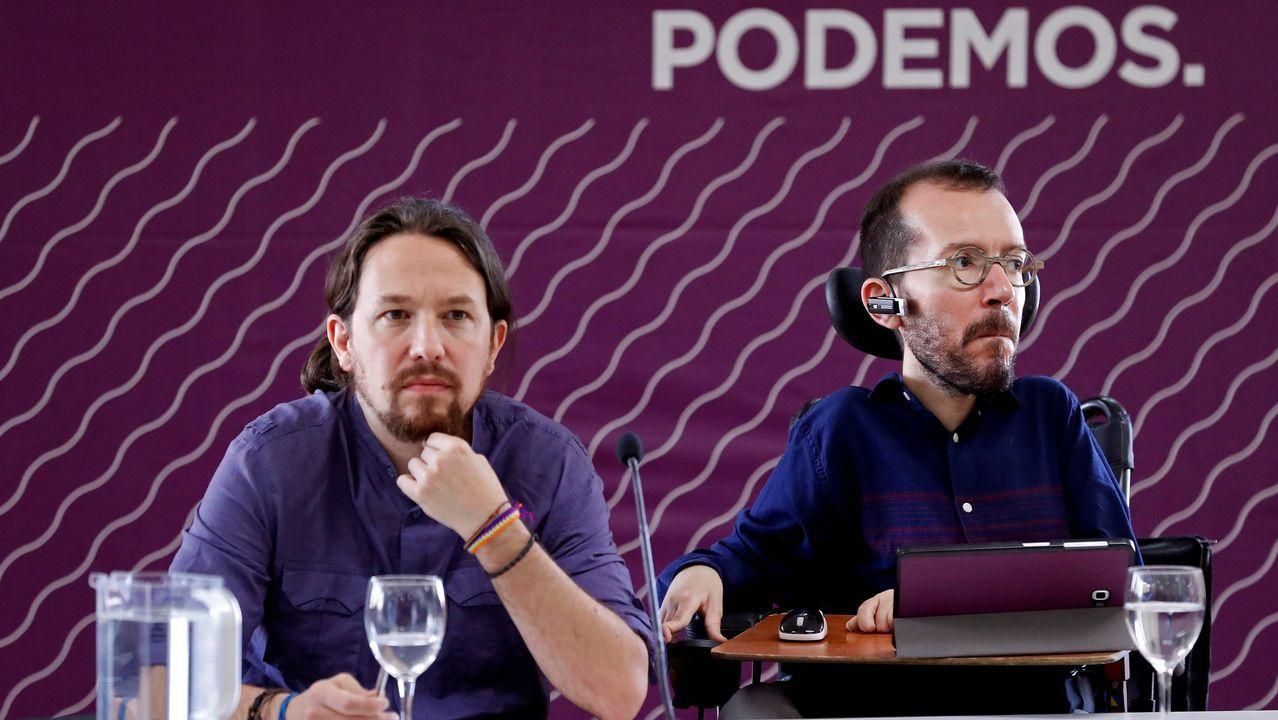 Comparecencia de Salvador Illa y Pablo Iglesias por el coronavirus.Irene Montero y la reina Letizia, en un acto del día 6 de marzo