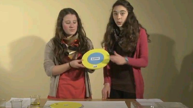 Dos alumnas de Rois, ganadoras europeas del concurso YouTube Space Lab*+*+