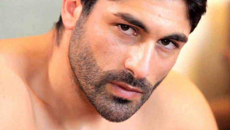 Armando Soneira.