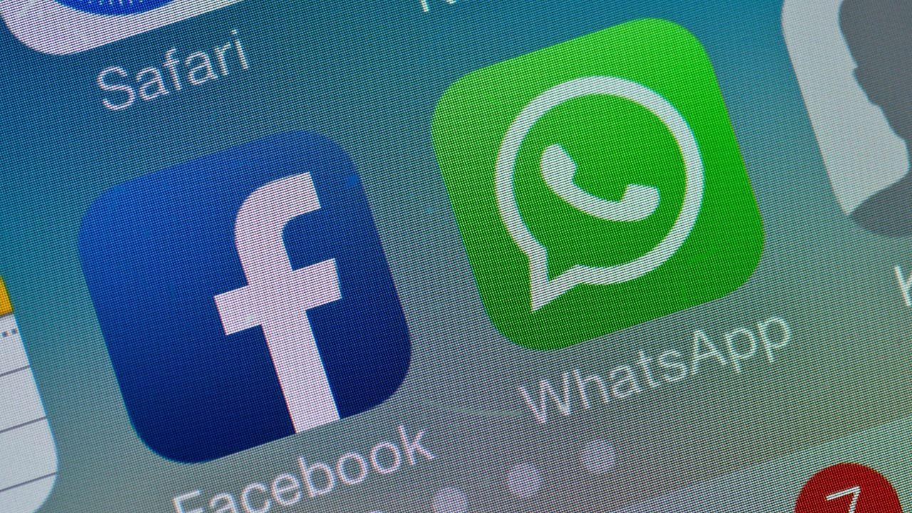 WhatsApp defiende su nueva política de privacidad en las portadas de los diarios de La India.
