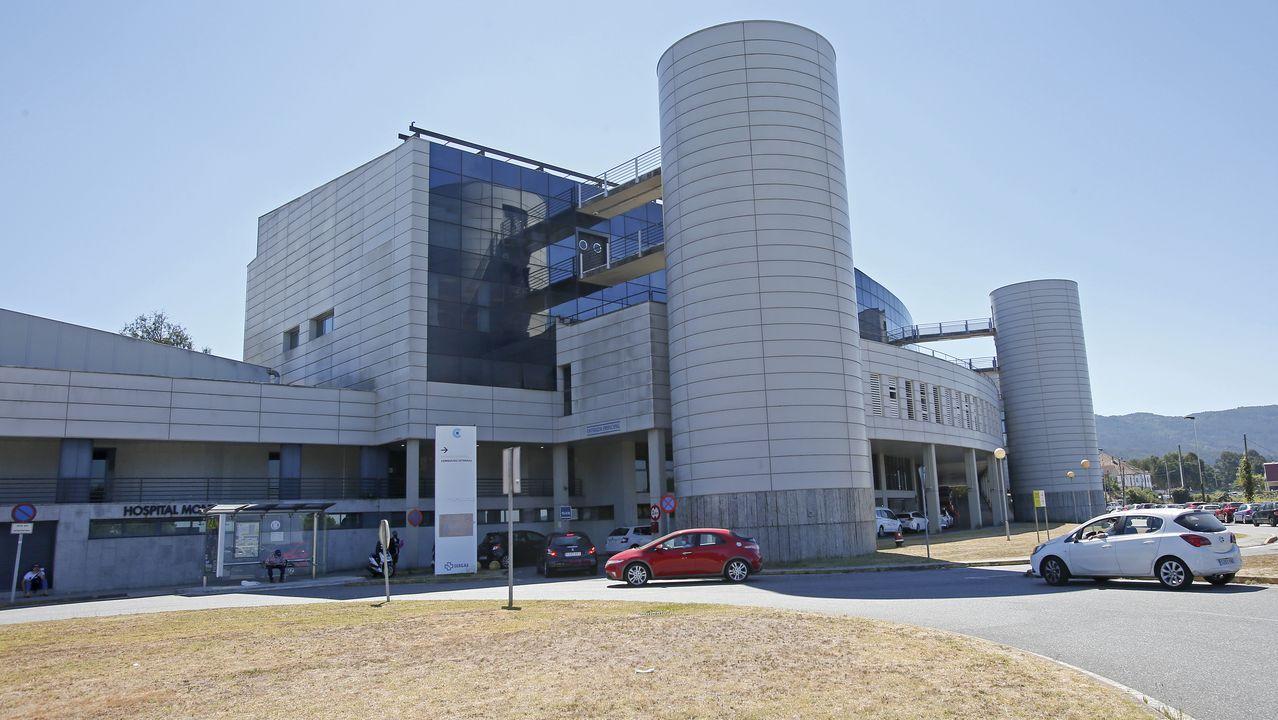 En el Hospital Montecelo, de Pontevedra, hay dos pacientes de coronavirus ingresados en planta