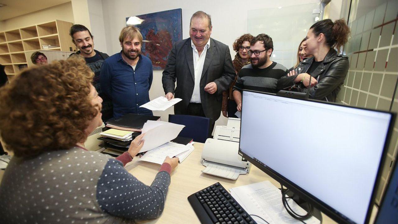 Podemos e IU presentan en la Junta una propuesta por la oficialidad del asturiano