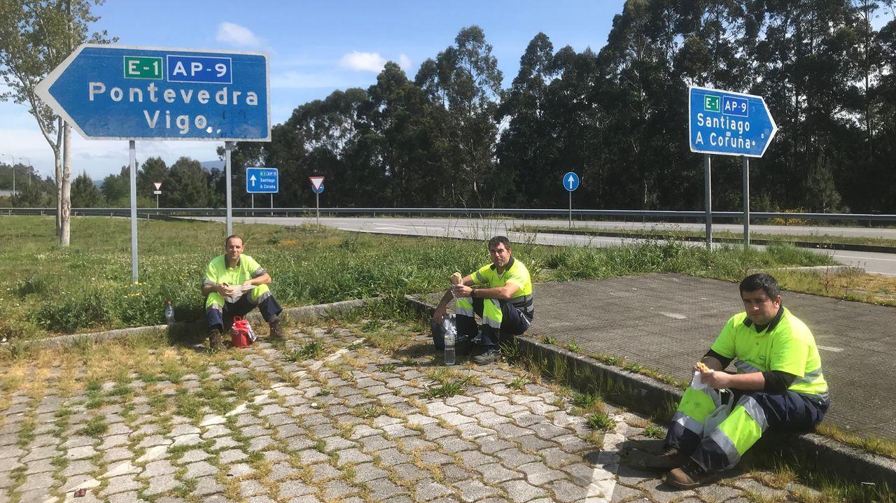 Transportistas: los que nunca se confinan.La AP-.9, a su paso por Pontevedra.