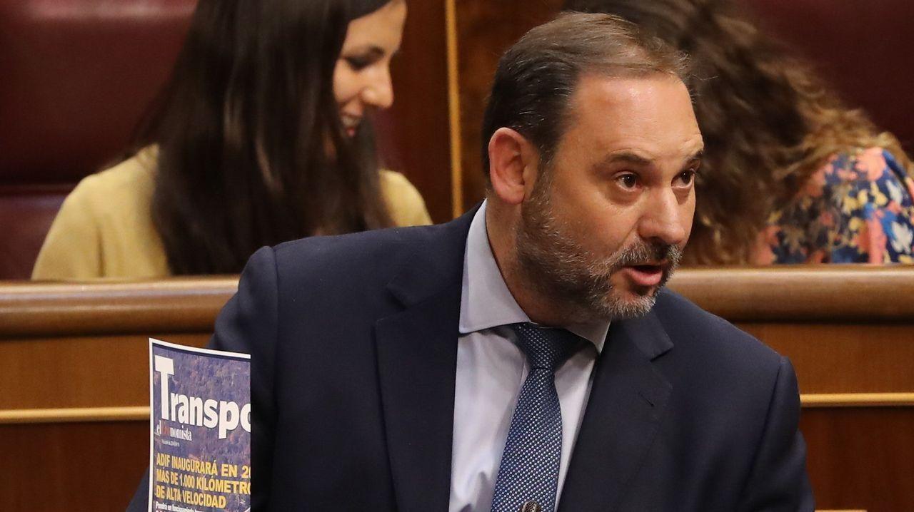 El ministro José Luis Ábalos, ayer, en el Congreso
