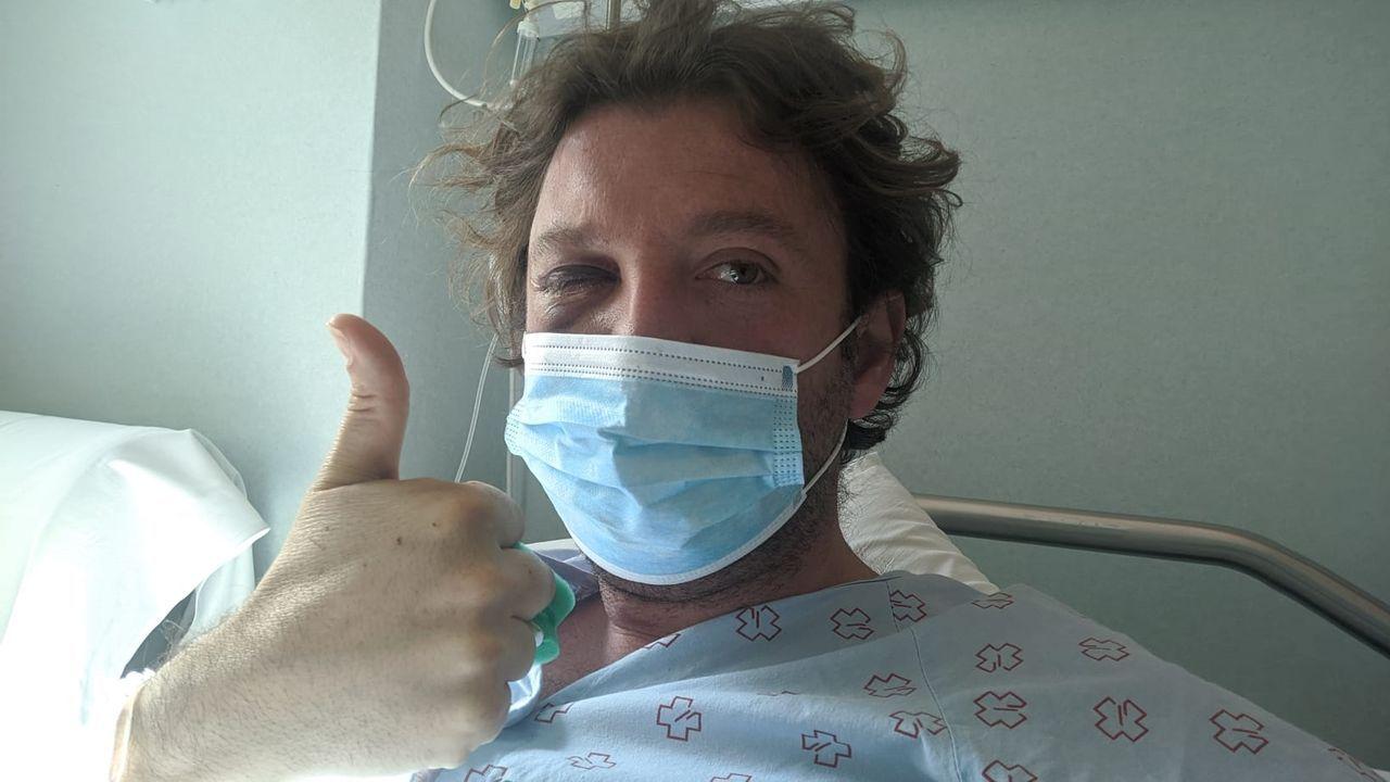 Juan Alberto Gasamans, en el hospital recuperándose de los golpes sufridos tras precipitarse al vacío en la ruta del río Tambre