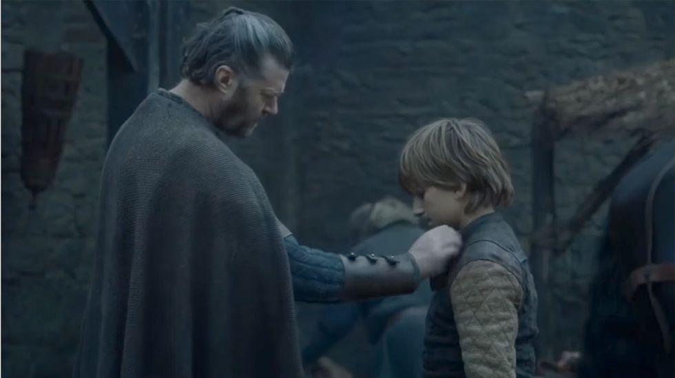 Ned Stark antes de partir a Nido de Águilas, donde será discípulo de Jon Arryn