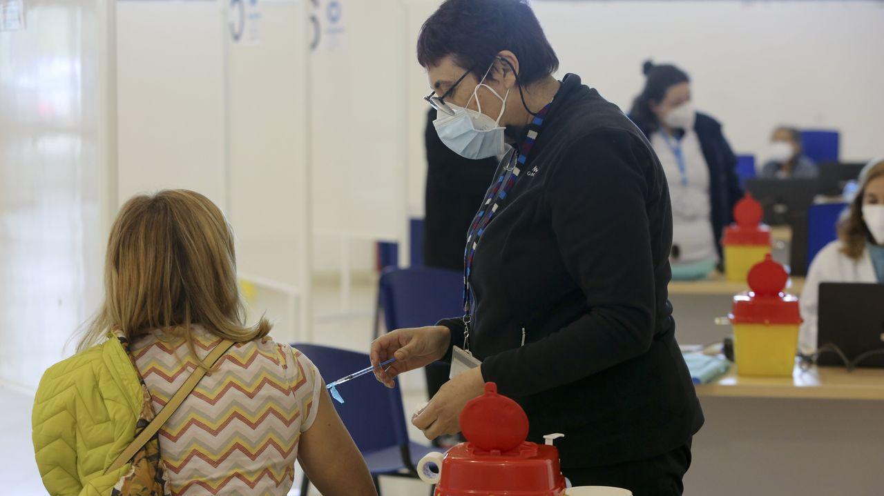 Vacunaciones realizadas el sábado en el plan piloto que se realizó en las instalaciones de A Malata, en Ferrol