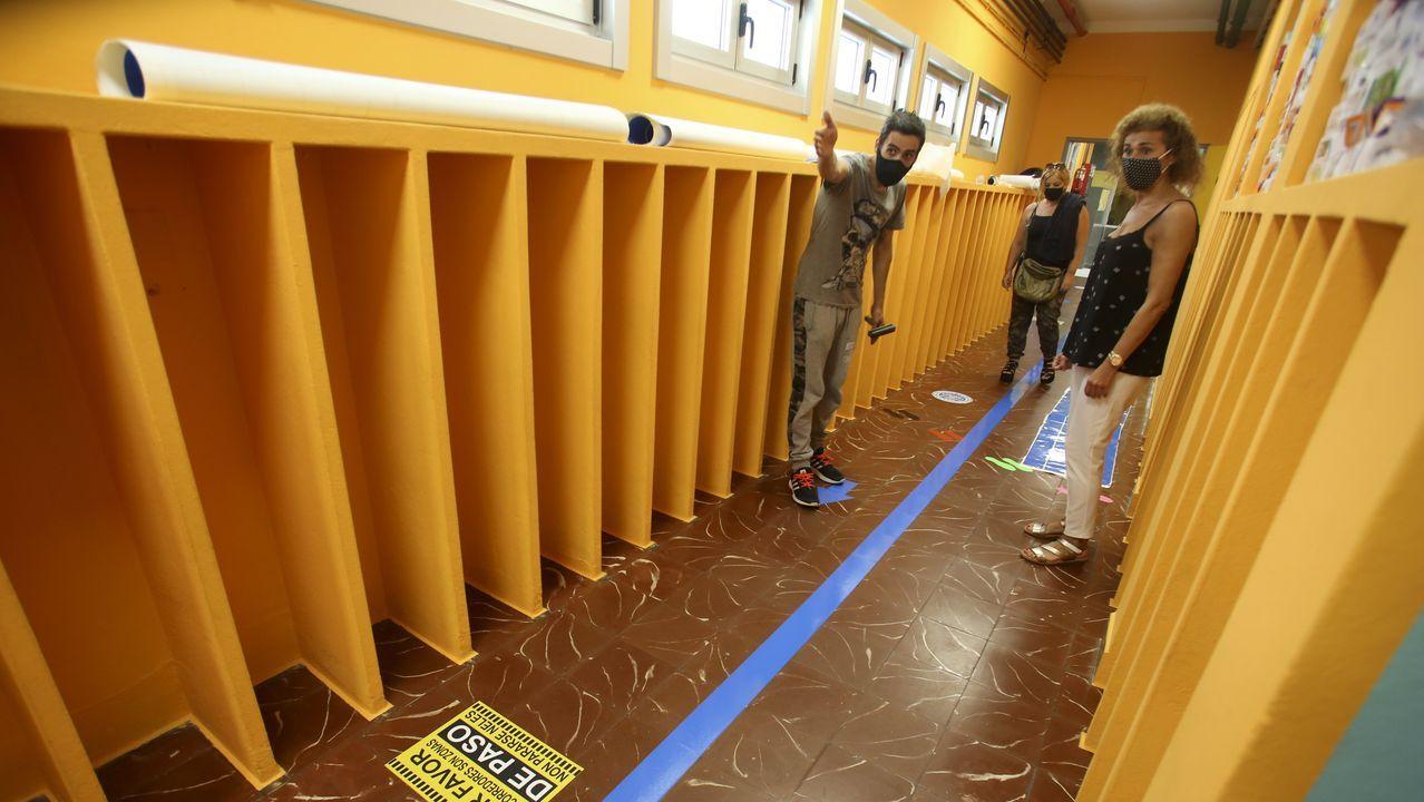 Señalización en el colegio de Canido, en Ferrol
