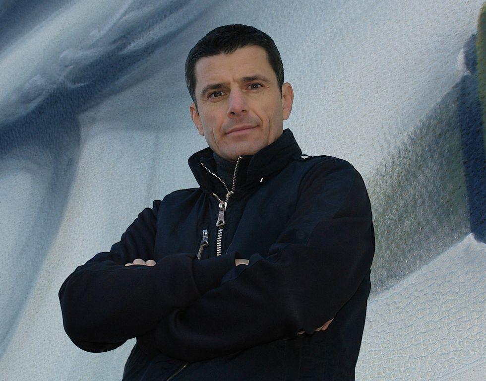El escritor y profesor Pedro Olalla reside en Grecia<span lang= es-es > </span>