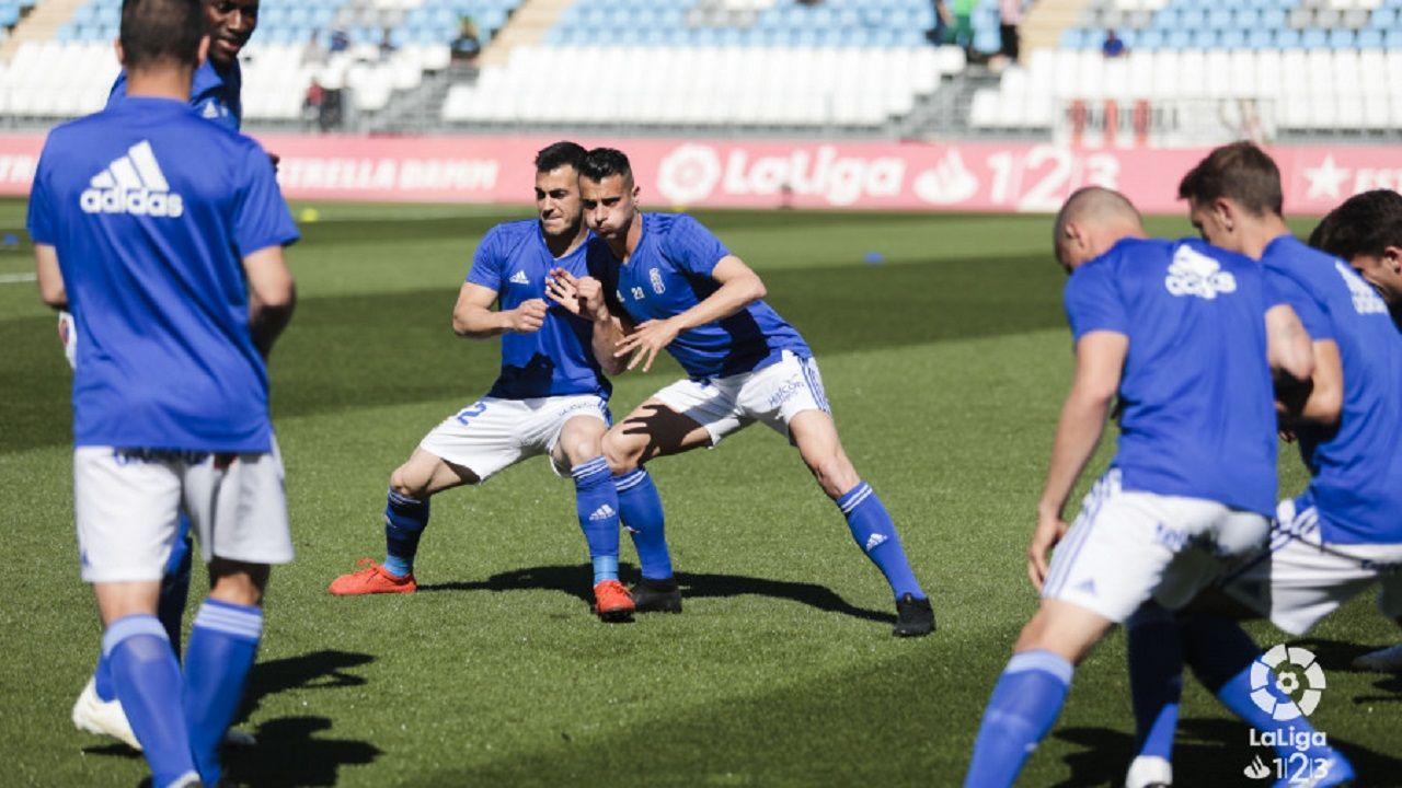Tejera Joselu Almeria Real Oviedo Juegos Mediterraneos.Sergio Tejera y Joselu, durante el calentamiento ante el Almería