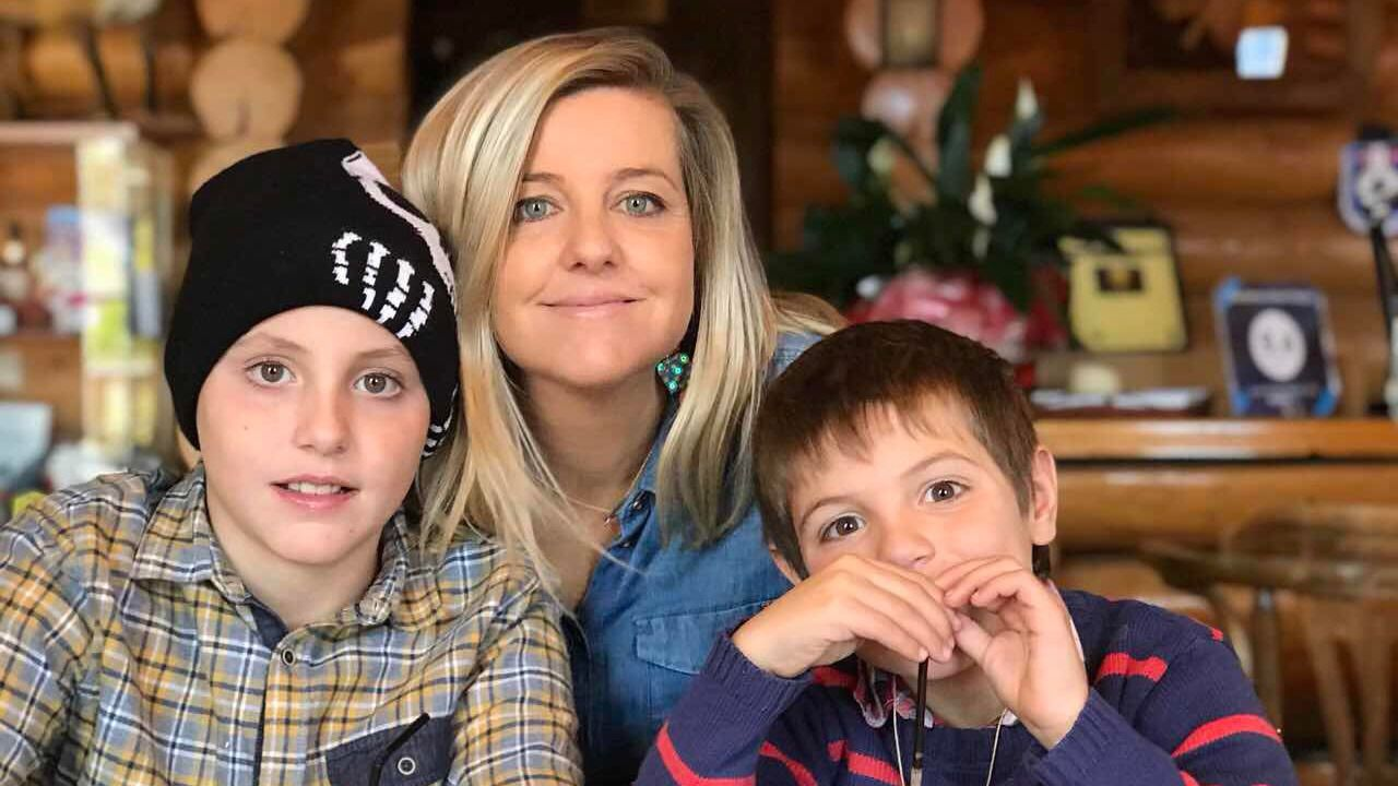 María sancho vive en Grecia desde el 2001 y a sus hijos les encanta Galicia
