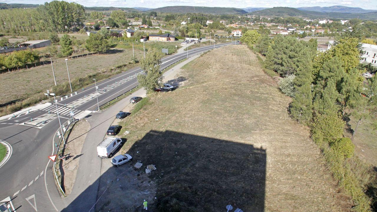 Terrenos en los que se acondionará el parque y la zona de estacionamiento