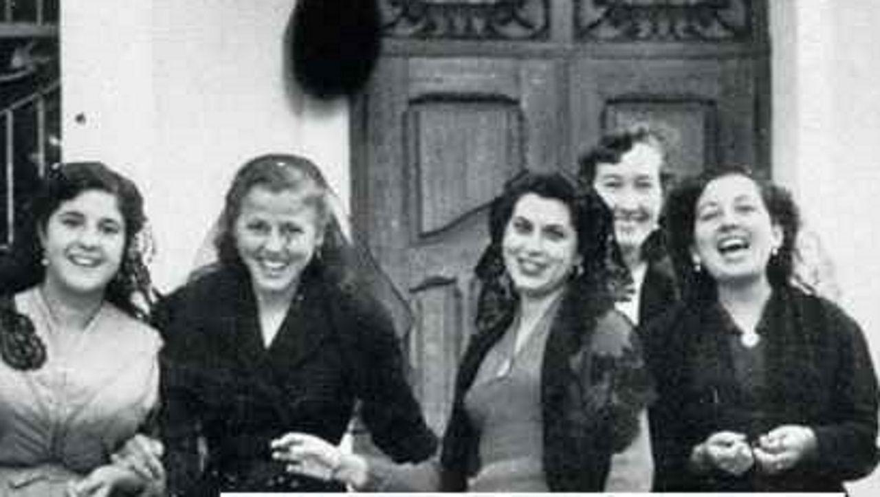 El grupo de poetistas denominado Las Sinsombrero, que pertenecen a la Generación del 27