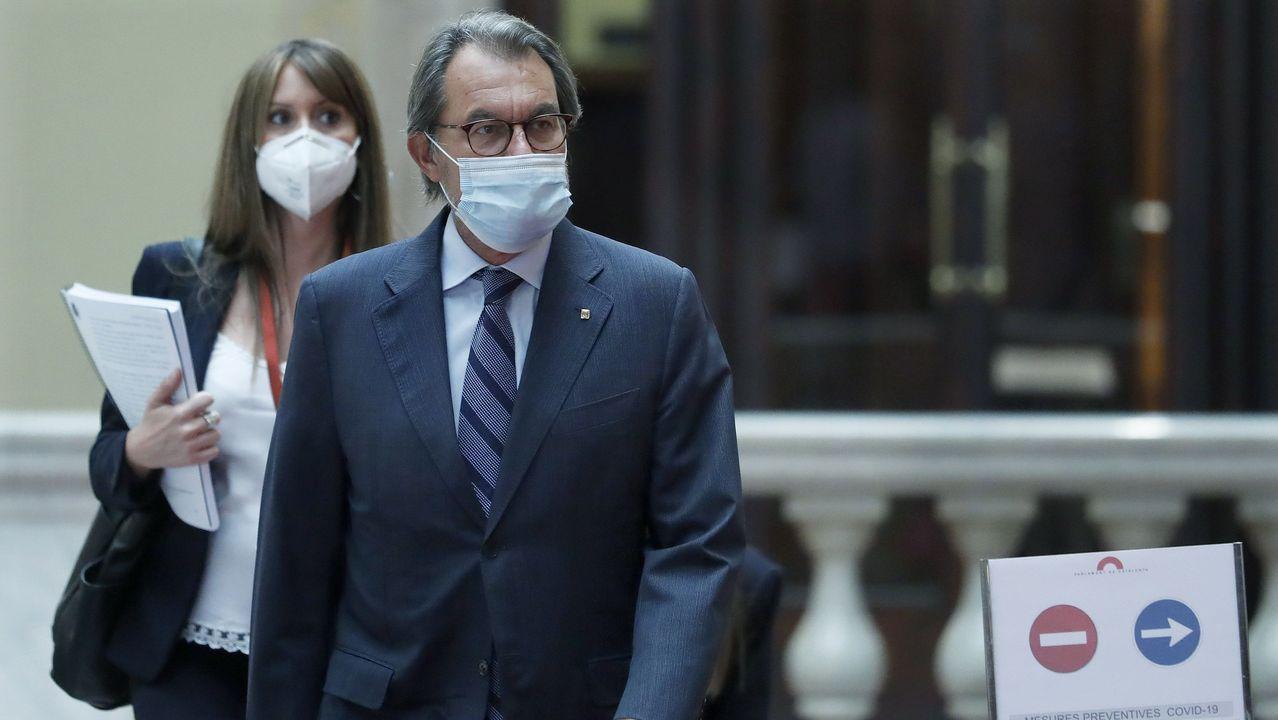 El expresidente de la Generalitat, Artur Mas, a su llegada este jueves a la comisión de Asuntos Institucionales del Parlament