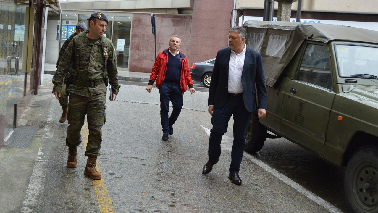 El Ejército de Tierra realiza labores de desinfección en Lugones