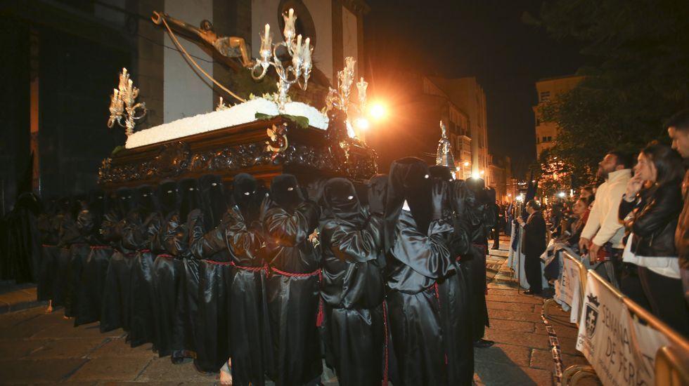 Procesión de Jesús atado a la columna, de la Cofradía de Dolores, en Ferrol
