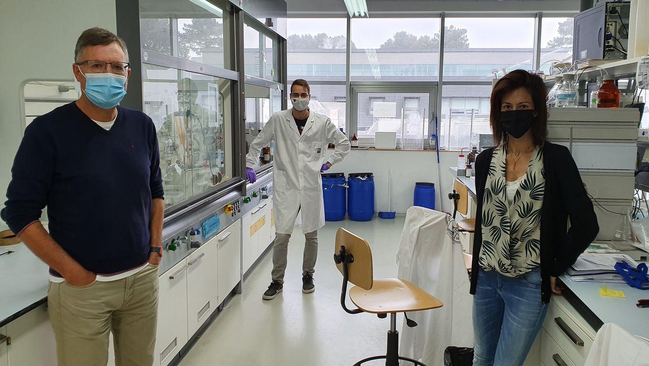 Los investigadores José Luis Mascareña,  María Tomás-Gamasa y Joan Miguel Ávila
