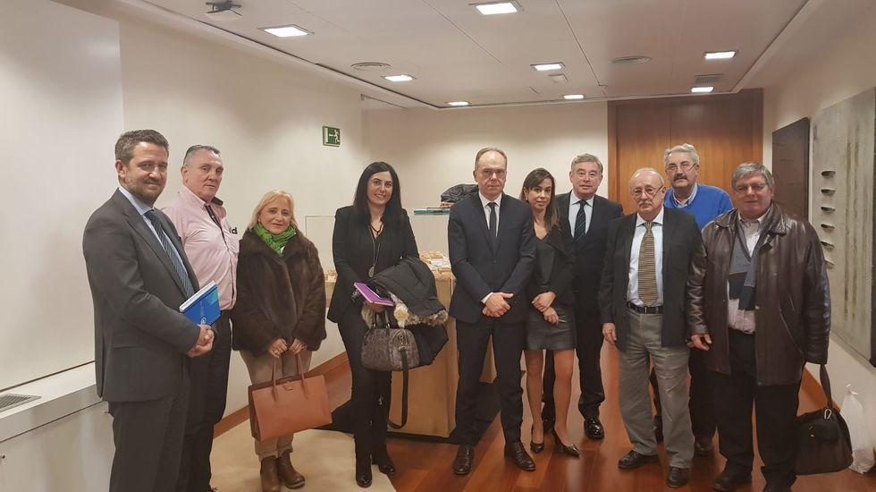 Entrevista en el 2018 de cargo del PP y la Federación Vecinal con el presidente y la directora de ADIF entonces, Juan Bravo e Isabel Pardo de Vera