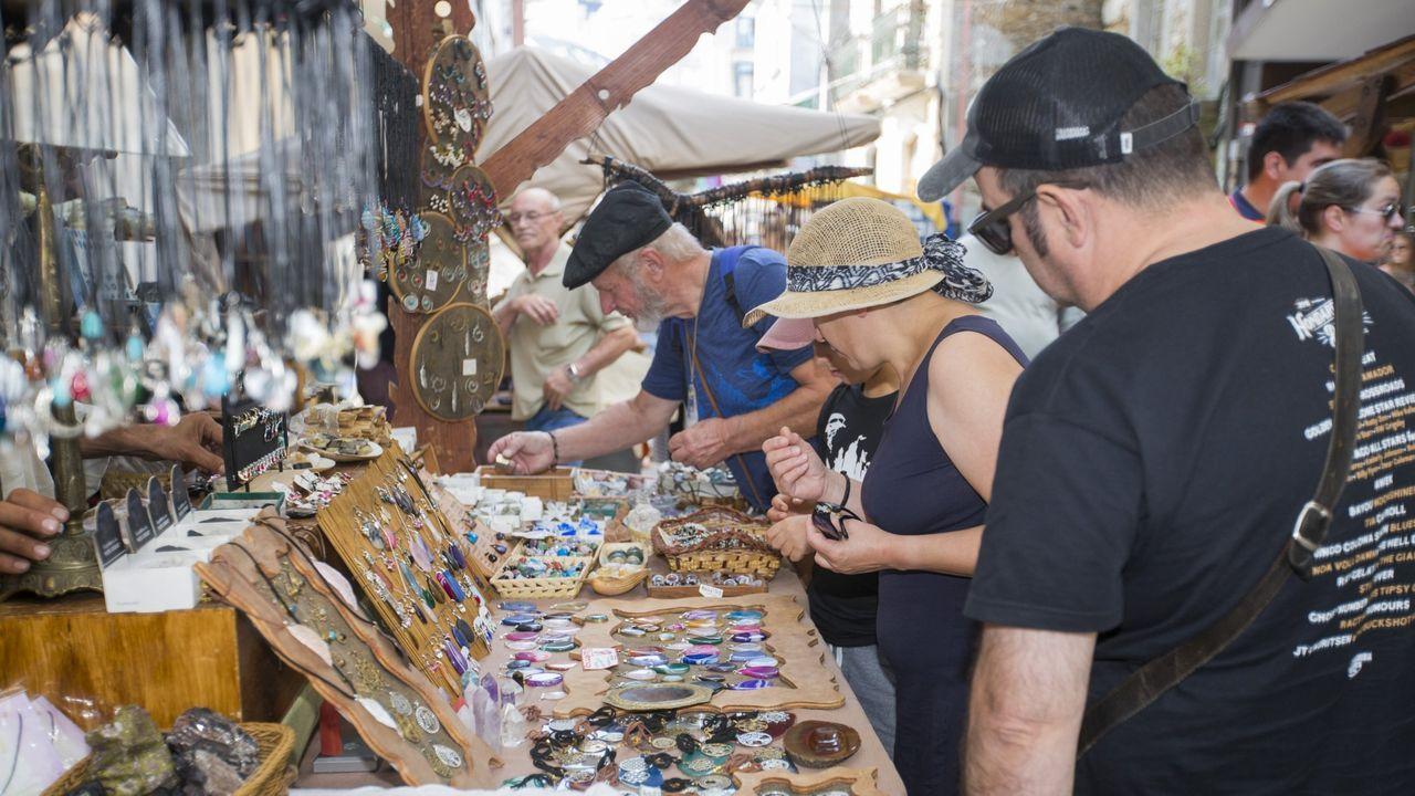 Una «súpertirolina» para disfrutar del puerto de Malpica: ¡imágenes!