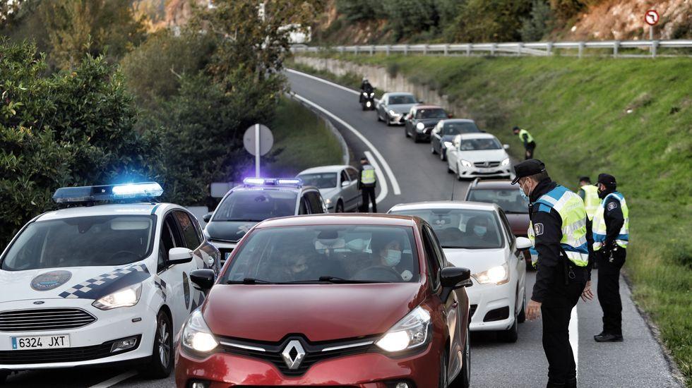 Controles en los accesos a Ourense en el primer domingo con la ciudad cerrada