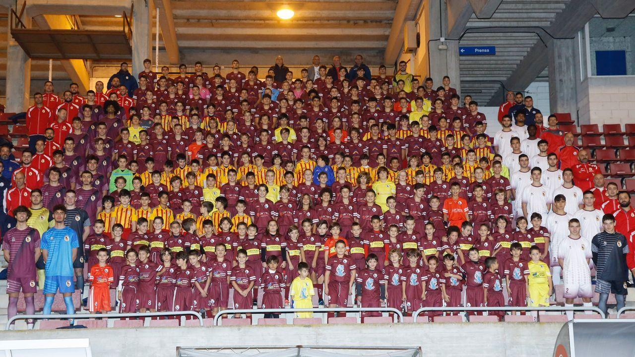 El fútbol más solidario de Arousa llega a Guinea.Michu en el Carlos Tartiere