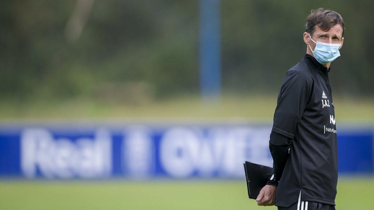 Nahuel Leiva Real Oviedo Rayo Vallecano Carlos Tartiere.Cuco Ziganda, durante un entrenamiento en El Requexón