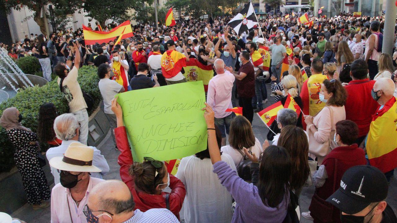Concentración en Ceuta en repulsa de la llegada de inmigrantes