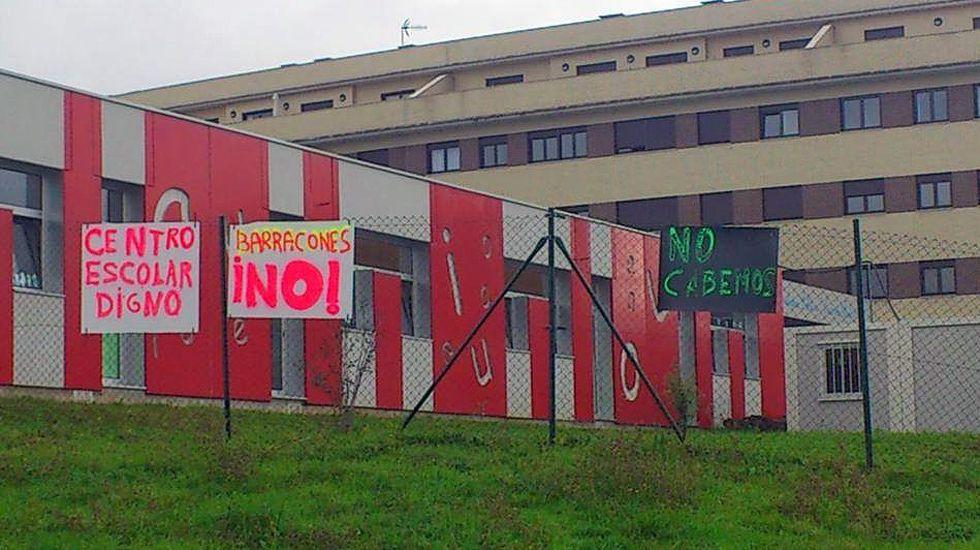 Quejas contra los barracones en el colegio Carmen Ruiz Tilve, de La Corredoria, en Oviedo.Quejas contra los barracones en el colegio Carmen Ruiz Tilve, de La Corredoria, en Oviedo