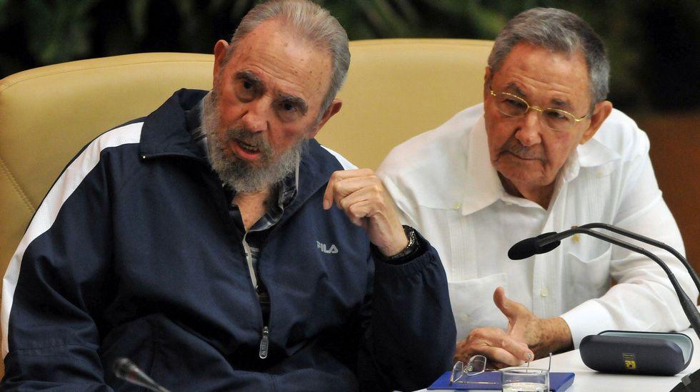 En abril del 2011, Raúl le releva como primer secretario del PCC, en el VI Congreso
