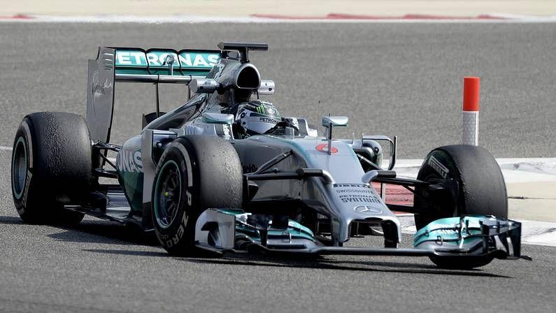 McLaren persigue mejoras.Los estudiantes vigueses están diseñando un monoplaza para la Formula Student .