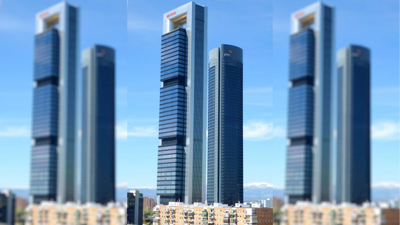 TORRE CEPSA (Madrid) - El cuarto edificio del Área de Negocio Cuatro Torres es también el cuarto de España en número de plantas (49) y el segundo en altura (248 metros)