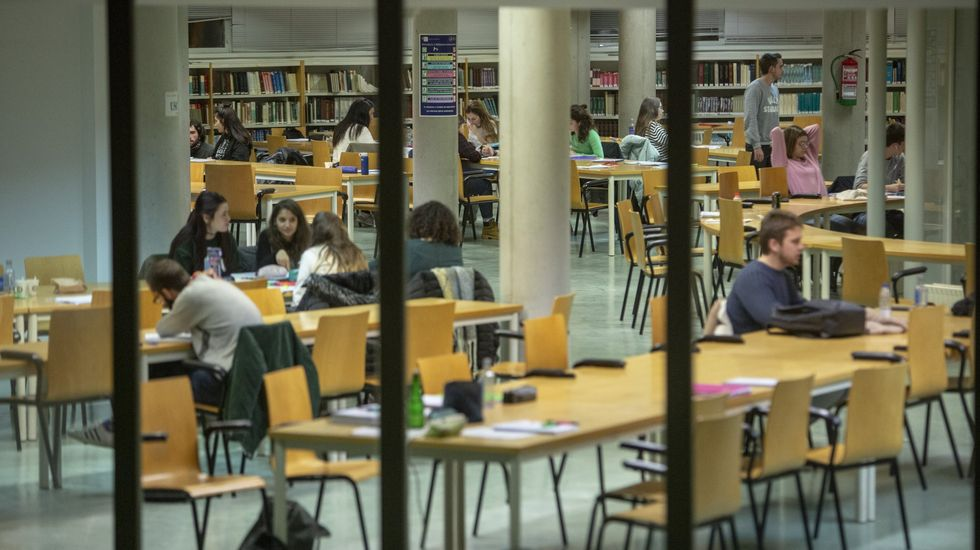 Tres semanas vivindo en galego.Biblioteca del campus de Lugo