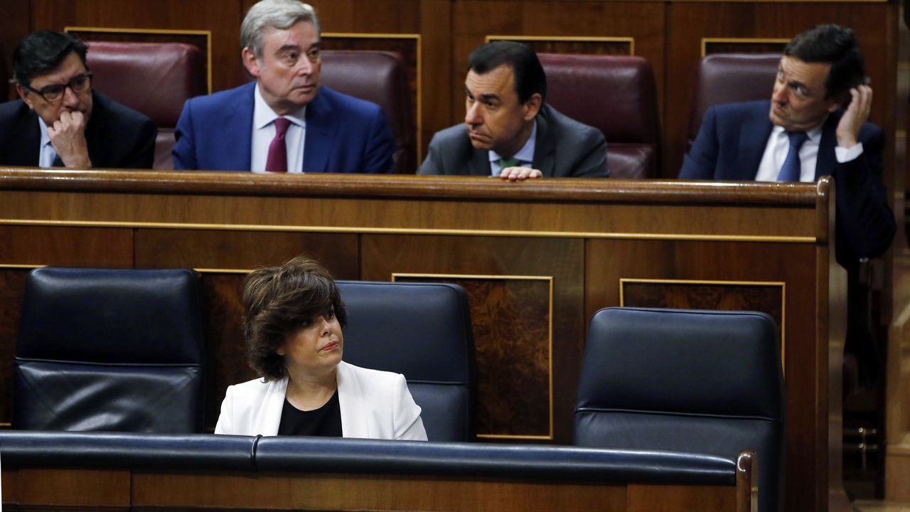 Rajoy aún no ha llegado al hemiciclo esta mañana
