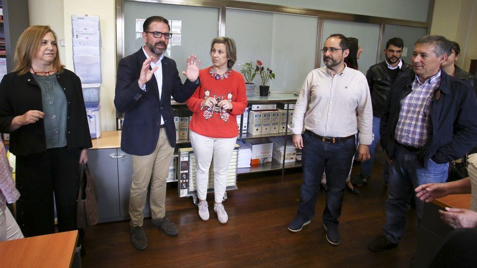 Exalcaldes que ahora son el azote de sus sucesores.El exalcalde de Ferrol, Jorge Suárez