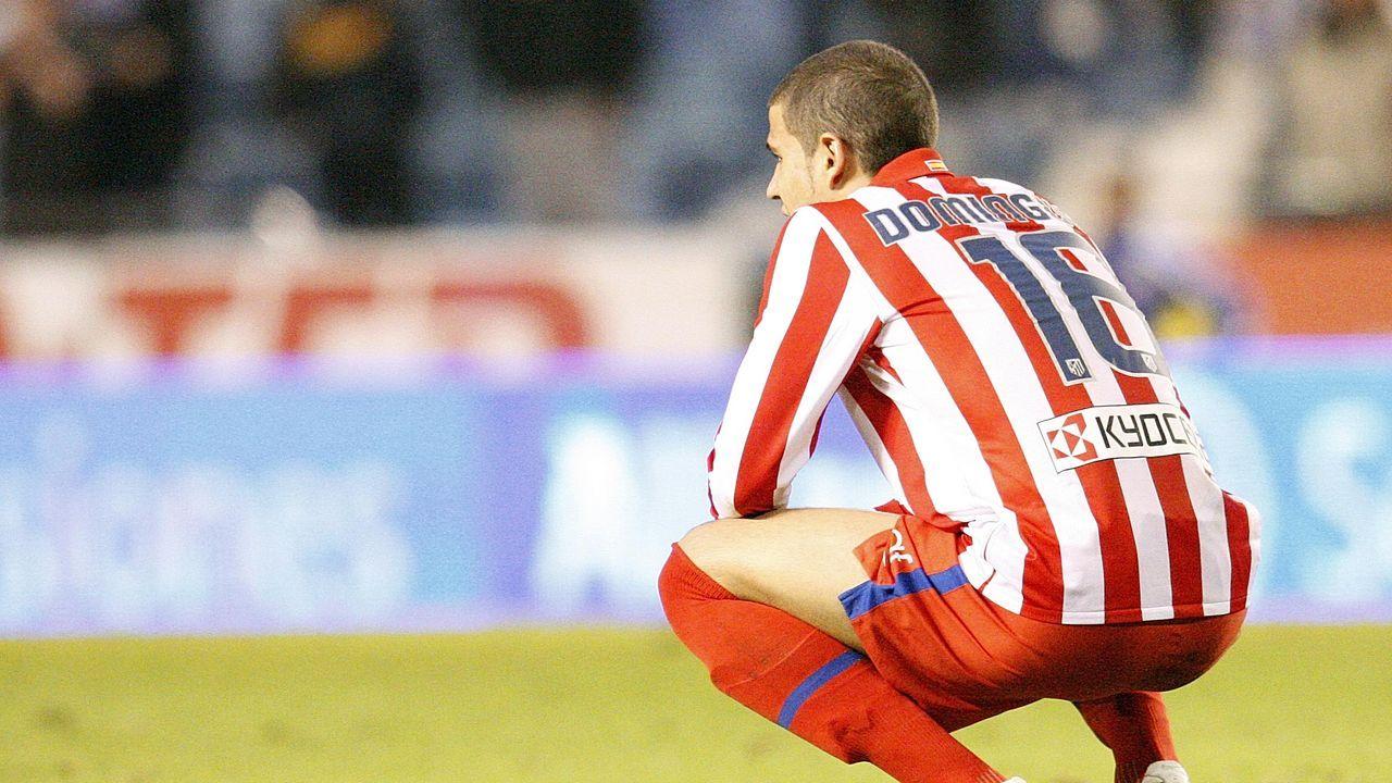 El defensa zurdo durante un partido con el Atlético en Riazor