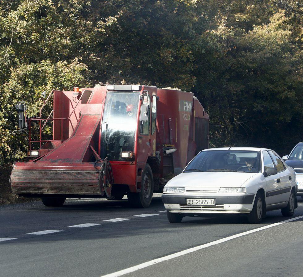 <span lang= es-es >POR LA N-540. Vehículos agrarios</span>. El trazado por la N-540 atraviesa zonas agrarias en la que los conductores a veces tienen que convivir con maquinaria agrícola de todo tipo que se incorpora de las vías locales. Dependiendo de la zona, puede ralentizar el viaje.
