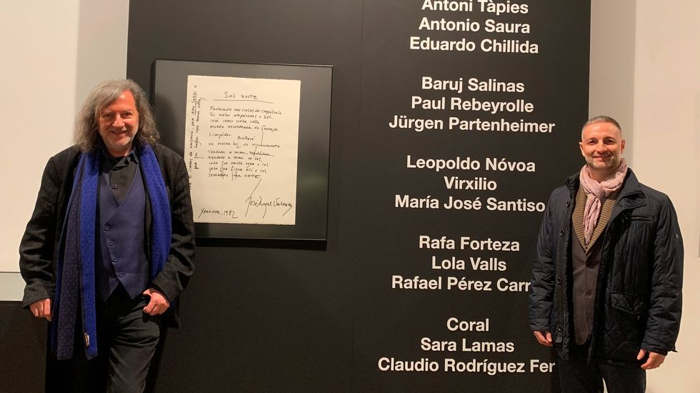Espazos baleiros no Día das Letras.Claudio Rodríguez Fer y Saturnino Valladares presentan en Biblos el libro «Poemas a Valente»