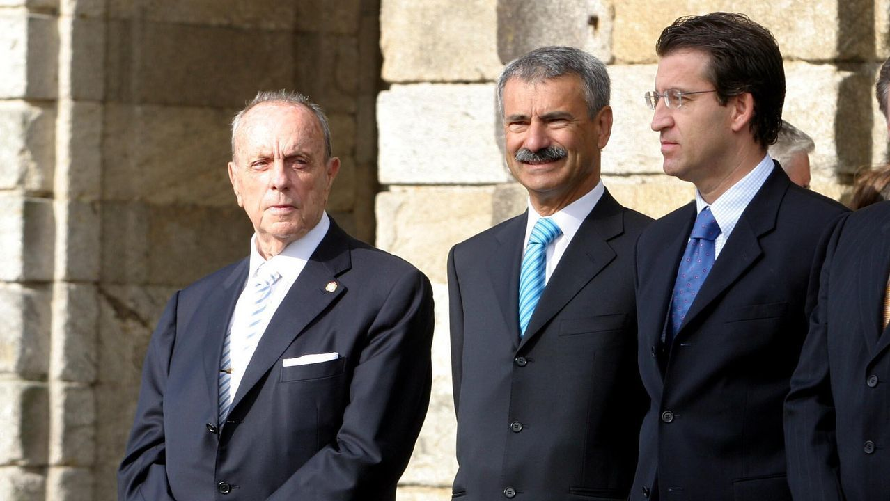 El entonces delegado del Gobierno Manuel Ameijeiras, con Manuel Fraga y Alberto Núñez Feijoo, en el Día de Galicia del 2005
