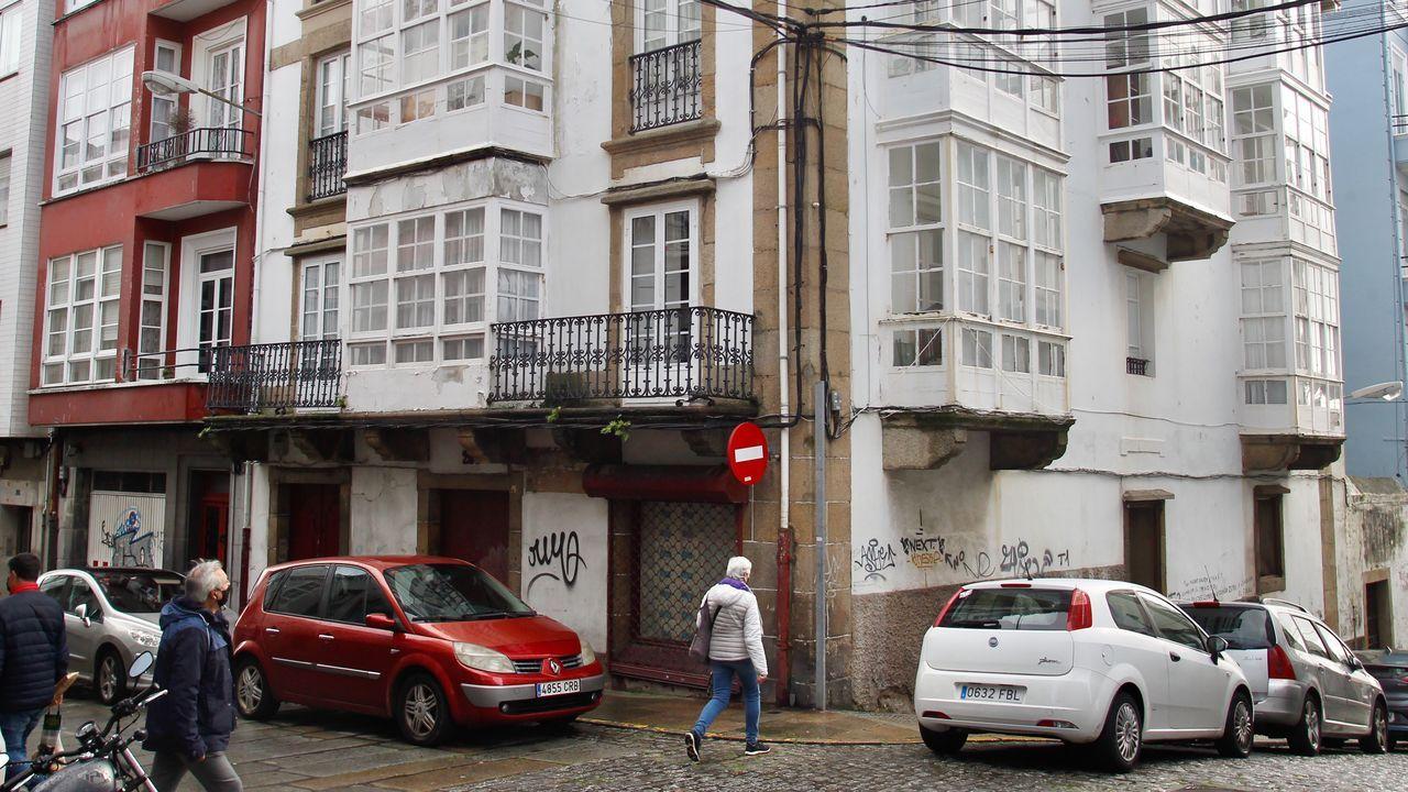 El bajo situado en el 205 de la calle Magdalena, antes tienda de efectos navales, será reformado para acoger una vivienda