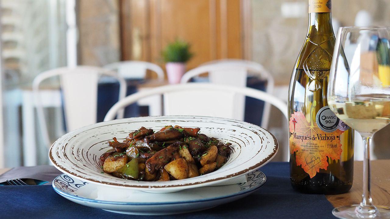 El raxo de heura de Arco da Vella (Fisterra) es una versión vegana de este popular plato gallego