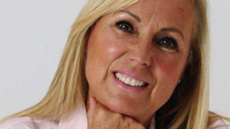 Lola de Miguel publica «Una mirada al alzhéimer y a las enfermedades a través de las constelaciones familiares».