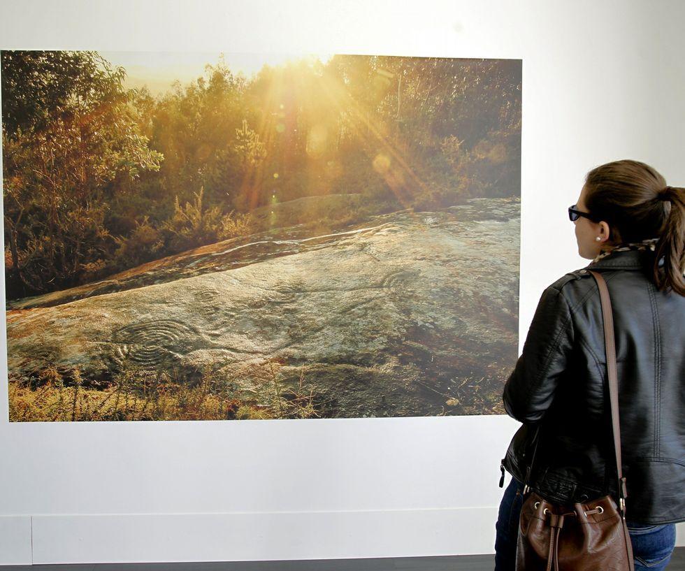 También se exponen fotografías de Villestro y otros lugares.