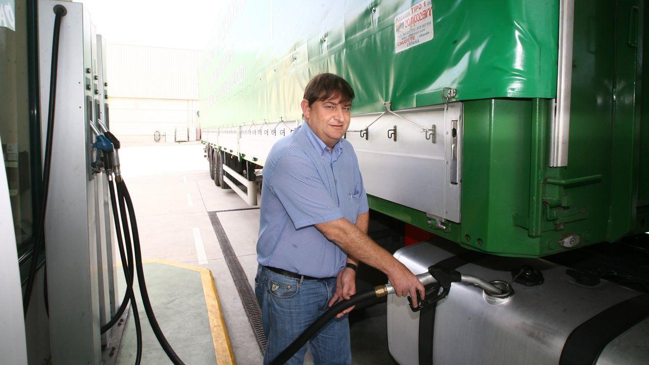 Amador García, propietario de Transportes Paraíso (en imagen de archivo), destaca que en este momento «é moi difícil traballar»