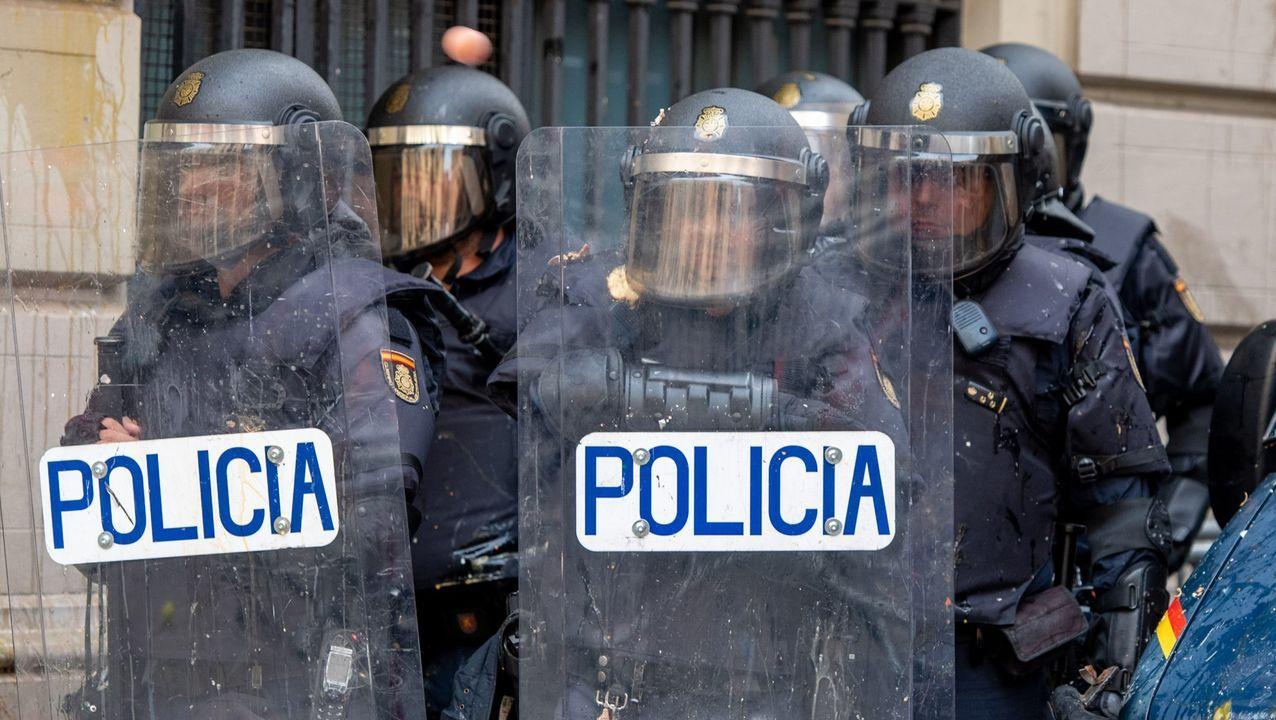 Nueva polémica con el catalán.La vicepresidenta Carmen Calvo