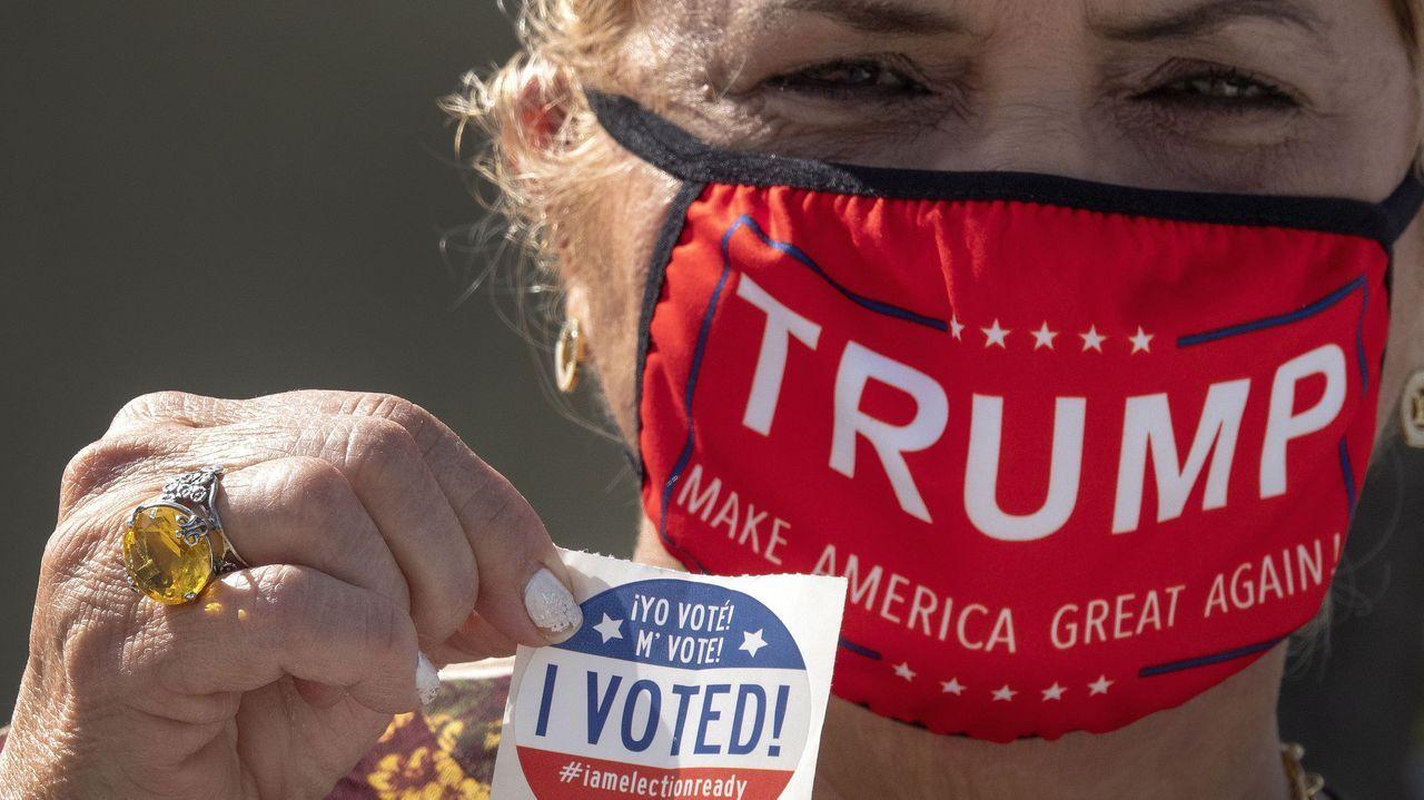 Trump visita a los trabajadores de la campaña